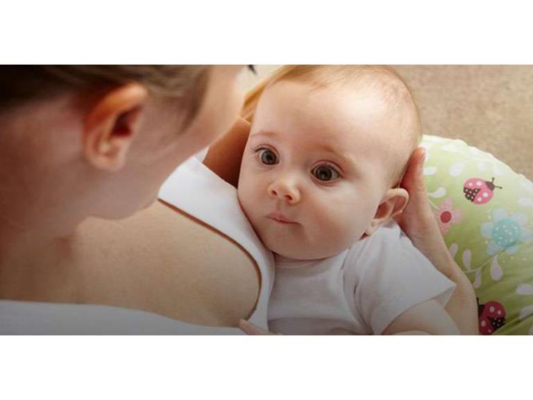 Leche y mimos: el afecto en la lactancia